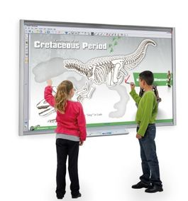 Pizarra Digital SMART Board SBM680V + Video Proyector corto SMART V30. Incluye soporte pared